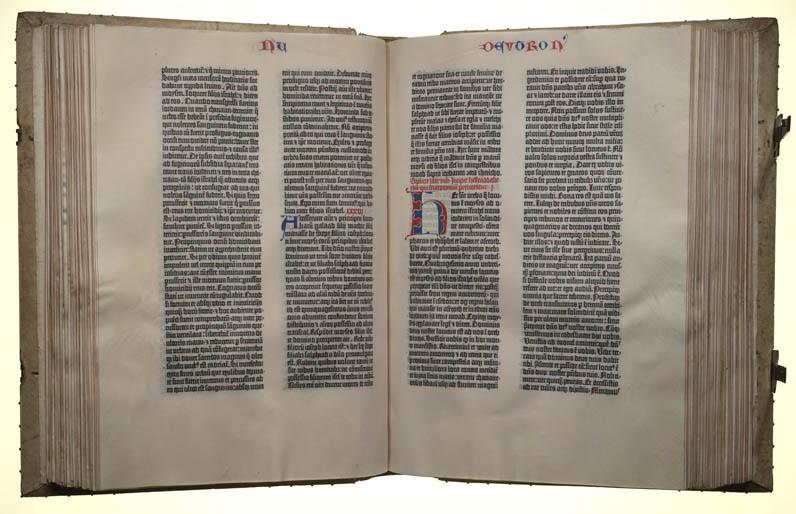 Biblia Latina (Latin Bible)